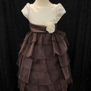 Kids Girls Ivory Brown 3/4 sleeve cupcake dress